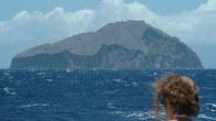 Redonda ist eine unbewohnte Insel, die politisch zu Antigua und Barbuda gehört. Redonda besteht hauptsächlich aus einem steil aus dem Meer ragenden, erloschenen Vulkan und liegt etwa 56 Kilometer westlich...