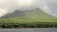 Nevis ist eine der beiden Hauptinseln des Inselstaats St. Kitts und Nevis. Die Insel hat eine Fläche von 93 km² und ungefähr 11.500 Einwohner. Sie liegt 3km südöstlich von Saint...